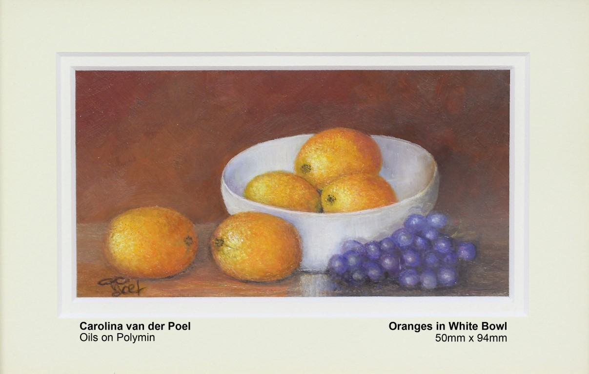 van-der-poel-carolina-oranges-in-white-bowl